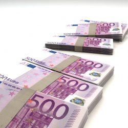 500-euros-liasse-de-billet-euro-monnaie-business-bourse-1560x1185
